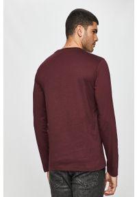 Fioletowa koszulka z długim rękawem Calvin Klein z okrągłym kołnierzem, casualowa, na co dzień, z nadrukiem