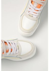 Białe sneakersy Buffalo na sznurówki, na obcasie, na średnim obcasie, z cholewką #5