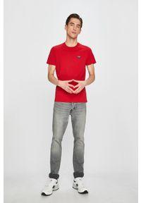 Wrangler - T-shirt. Okazja: na co dzień. Kolor: czerwony. Materiał: dzianina. Styl: casual
