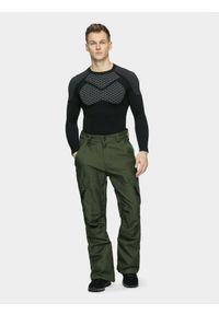 4f - Spodnie snowboardowe męskie. Kolor: oliwkowy, brązowy, wielokolorowy. Materiał: materiał. Sezon: zima. Sport: snowboard