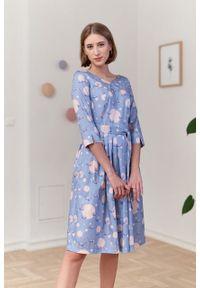 Marie Zélie - Sukienka Elina Anates błękitna. Kolor: niebieski. Materiał: bawełna, satyna, materiał. Długość rękawa: krótki rękaw. Typ sukienki: rozkloszowane. Styl: klasyczny