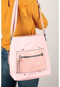 Casu - Różowa torebka listonoszka z kieszonką z przodu casu ah-92. Kolor: różowy