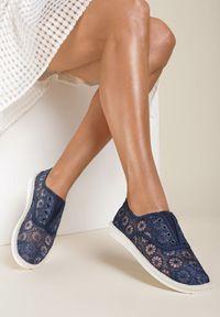 Niebieskie tenisówki Renee