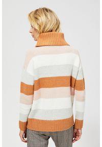 Wielokolorowy sweter MOODO długi, z golfem, w paski