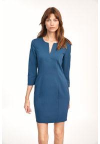 Nife - Dopasowana Mini Sukienka z Rozcięciem przy Dekolcie - Lazurowa. Kolor: niebieski. Materiał: wiskoza, poliester. Długość: mini