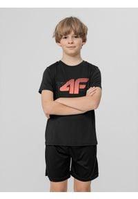 4f - T-shirt chłopięcy (122-164). Kolor: czarny. Materiał: włókno