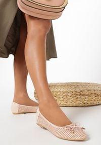 Born2be - Różowe Balerinki Viviexie. Nosek buta: okrągły. Zapięcie: bez zapięcia. Kolor: różowy. Szerokość cholewki: normalna. Wzór: gładki. Styl: boho, klasyczny, elegancki