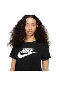 Koszulka damska Nike Sportswear Essential BV6169. Materiał: bawełna, materiał. Długość rękawa: krótki rękaw. Długość: krótkie