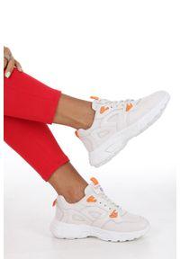 Casu - Kremowe buty sportowe sneakersy sznurowane casu 806-1. Kolor: beżowy, kremowy. Materiał: skóra ekologiczna, materiał. Szerokość cholewki: normalna. Sezon: lato, wiosna