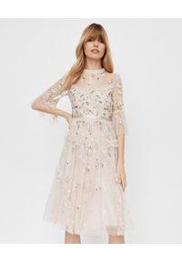 NEEDLE & THREAD - Różowa sukienka Shimmer Ditsy. Okazja: na imprezę. Kolor: wielokolorowy, różowy, fioletowy. Materiał: tiul. Wzór: aplikacja, kwiaty