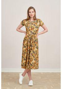 Marie Zélie - Sukienka Emelina Lucida melonowa krótki rękaw. Materiał: wiskoza, dzianina, materiał, elastan, tkanina, guma. Długość rękawa: krótki rękaw. Styl: klasyczny. Długość: midi