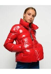 Pinko - PINKO - Czerwona kurtka puchowa Mirco. Kolor: czerwony. Materiał: puch. Sezon: zima