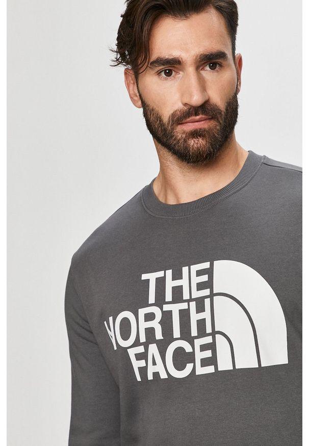 Szara bluza nierozpinana The North Face casualowa, z nadrukiem, na co dzień, z okrągłym kołnierzem
