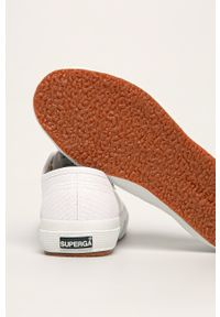 Superga - Tenisówki. Kolor: biały