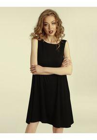 Madnezz - Sukienka Summer Gal 2.0 - czerń. Materiał: wiskoza, elastan