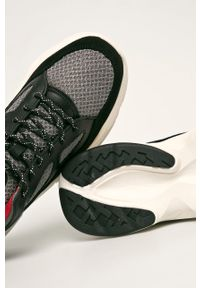 Czarne sneakersy DKNY na sznurówki, z cholewką