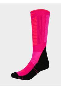 4f - Skarpety narciarskie damskie. Kolor: różowy. Materiał: włókno, wełna. Sport: narciarstwo