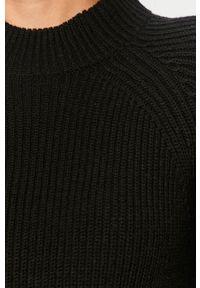 Czarny sweter only z okrągłym kołnierzem, casualowy, na co dzień