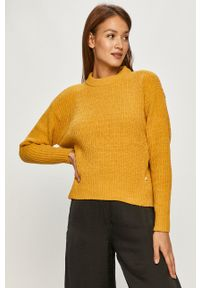 Scotch & Soda - Sweter. Okazja: na co dzień. Kolor: żółty. Materiał: dzianina. Długość rękawa: długi rękaw. Długość: długie. Styl: casual