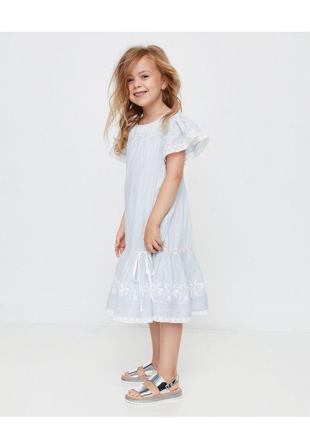 LOVE SHACK FANCY KIDS - Sukienka Audrey 3-12 lat. Kolor: biały. Materiał: bawełna, koronka, materiał. Wzór: haft, kwiaty, koronka, aplikacja. Sezon: lato
