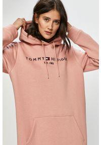 Różowa sukienka TOMMY HILFIGER mini, z kapturem, na co dzień