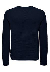 Niebieski sweter klasyczny Only & Sons z motywem zwierzęcym