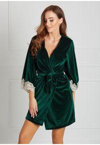 Saintmiss - Peniuar z koronką na rękawie // Nina - Uniwersalny, Zielony. Kolor: zielony. Materiał: koronka. Długość: długie. Wzór: koronka