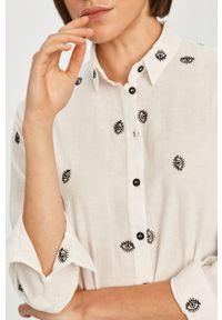 Biała koszula Answear Lab wakacyjna, z klasycznym kołnierzykiem