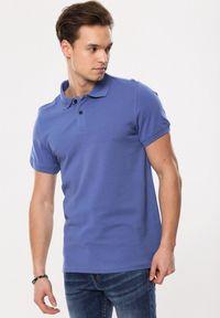 Niebieska koszulka polo Born2be