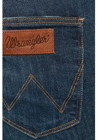 Wrangler - Jeansy Greensboro. Kolor: niebieski. Wzór: aplikacja