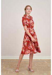 Marie Zélie - Sukienka Marina Pivoine. Materiał: wiskoza, len, materiał. Długość rękawa: krótki rękaw. Sezon: lato. Typ sukienki: szmizjerki