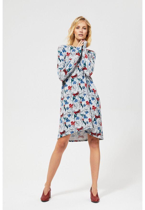 Szara sukienka MOODO prosta, na co dzień