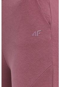 4f - 4F - Spodnie. Kolor: fioletowy. Materiał: dzianina. Wzór: gładki