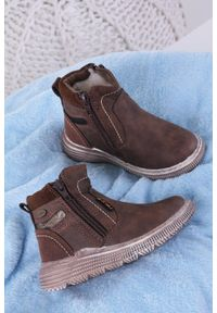 Brązowe buty zimowe Casu