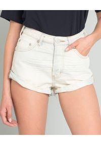 ONETEASPOON - Spodenki Xanthe. Stan: podwyższony. Kolor: biały. Materiał: jeans. Wzór: aplikacja. Sezon: lato. Styl: klasyczny