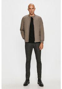 Pepe Jeans - Kurtka Drayton. Kolor: szary. Materiał: materiał. Wzór: gładki