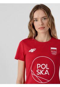 4f - Koszulka damska Polska - Tokio 2020. Kolor: czerwony. Materiał: dzianina, bawełna. Wzór: nadruk. Sezon: lato