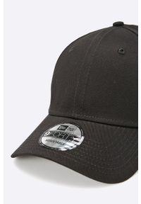 Czarna czapka z daszkiem New Era gładkie