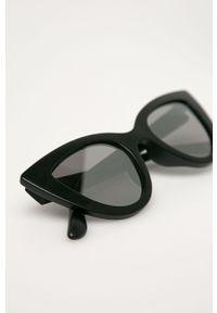 Czarne okulary przeciwsłoneczne Vans
