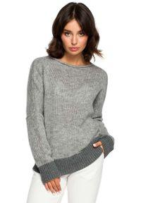Szary sweter oversize MOE z kontrastowym kołnierzykiem