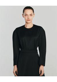 ANIA KUCZYŃSKA - Wełniana bluzka z bufiastymi rękawami Bambu. Kolor: czarny. Materiał: wełna. Długość: długie. Sezon: lato. Styl: retro