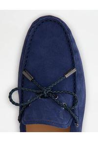 TOD'S - Niebieskie zamszowe mokasyny. Nosek buta: okrągły. Kolor: niebieski. Materiał: zamsz #6