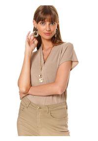 Beżowy t-shirt TOP SECRET z krótkim rękawem, w kolorowe wzory, do pracy, na lato
