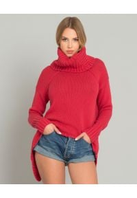 ONETEASPOON - Czerwony sweter z golfem. Typ kołnierza: golf. Kolor: czerwony. Materiał: bawełna, materiał. Wzór: ze splotem. Sezon: jesień