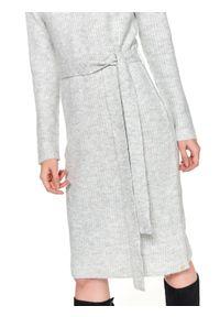 Beżowa sukienka TOP SECRET w kolorowe wzory, na jesień, na co dzień