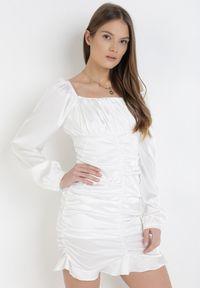 Born2be - Biała Sukienka Acalegale. Kolor: biały