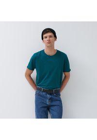 House - Koszulka z surowym wykończeniem brzegów - Zielony. Kolor: zielony