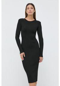 Guess - Sukienka. Kolor: czarny. Materiał: tkanina, dzianina. Długość rękawa: długi rękaw. Wzór: gładki. Typ sukienki: dopasowane