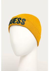 Żółta czapka Guess Jeans z aplikacjami