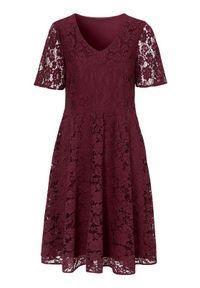 Czerwona sukienka Cellbes elegancka, rozkloszowana, z krótkim rękawem